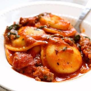Slow Cooker Sausage Pepperoni Spinach Ravioli.