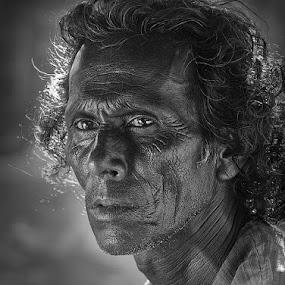 Tea-shop Buro by Subrata Kar - People Portraits of Men