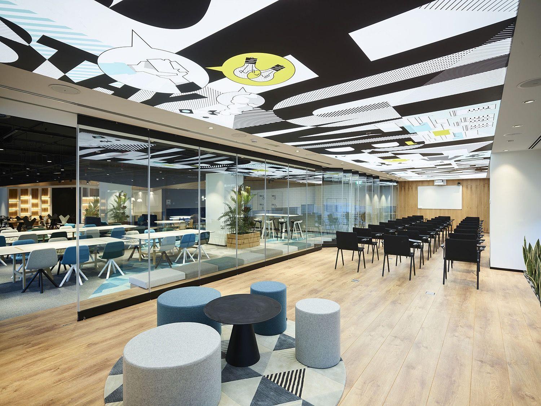 Unbox coworking in Dubai