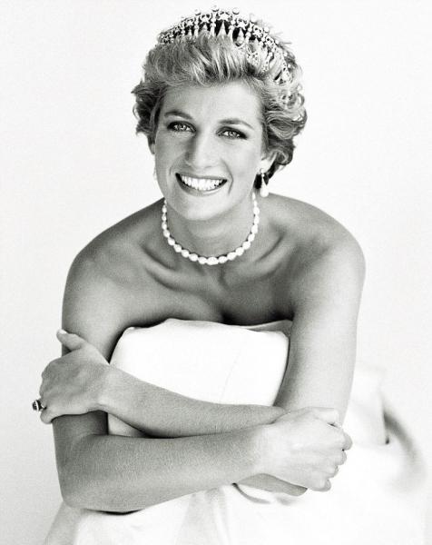 100 лучших фото принцессы Дианы, принца Чарльза, их детей