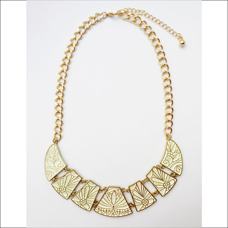N030 - Y. Royal V. Necklace by House of LaBelleD.