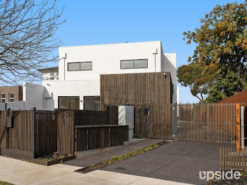 Photo of property at 1/17 Rosella Street, Murrumbeena 3163
