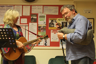 Photo: Janet and Malc lead Mingulay Boat Song