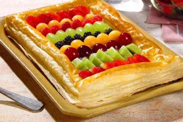 Torta de Massa Folhada com Frutas