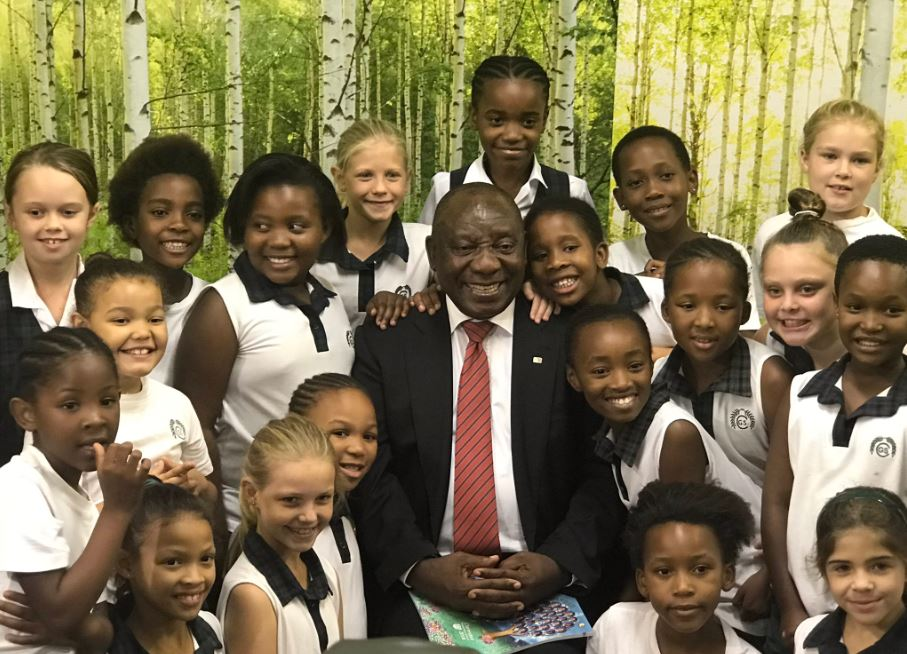 Watch Schoolgirl 8 Lost For Words As Cyril Ramaphosa Walks Into