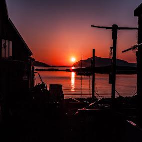 Magic sunset by Benny Høynes - Landscapes Sunsets & Sunrises ( canon, magic, colourful, bennyhøynes, sunset, sortland, norway )