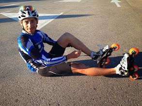 Photo: Thibaut qui est le GO (Gentil Organisateur) de la semaine Stage Provençal du PUC. Remarquez les chaussons Renard sur mesure ; il est en forme et prêt à faire un chrono !