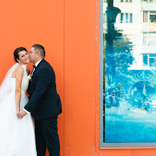 Wedding photographer Stelian Petcu (stelianpetcu). Photo of 04.11.2014