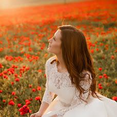 Wedding photographer Dzhamilya Damirova (jam94). Photo of 01.05.2016
