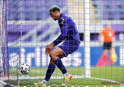 Daarom nam Nmecha al afscheid van Anderlecht: 'Aanvaller verlaat Manchester City en gaat toptransfer maken'