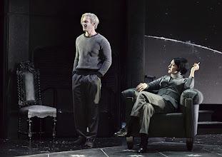 Photo: Wien/ Theater in der Josefstadt: DIE MAUSEFALLE von Agatha Christie, Inszenierung Folke Braband, Premiere 19.12.2013. Martin Niedermair, Silvia Meisterle. Foto: Barbara Zeininger