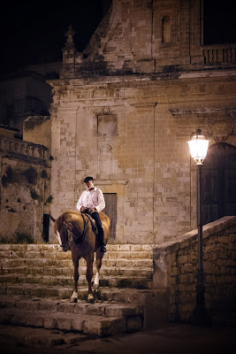 L'uomo a cavallo di adiemus