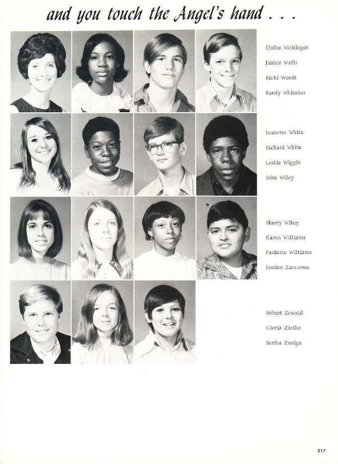 DHS Class of '74 as freshmen in 1971