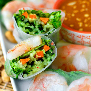 Fresh Summer Rolls with Spicy Peanut Dipping Sauce