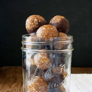 Caramel Peanut Protein Truffles (raw, vegan).