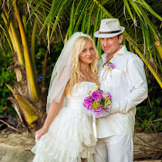 Wedding photographer Valeriy Dondik (verder). Photo of 03.10.2013