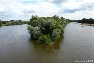 Photo: La Loire à Briare vue depuis le Pont canal. Ancienne photo de 2010.