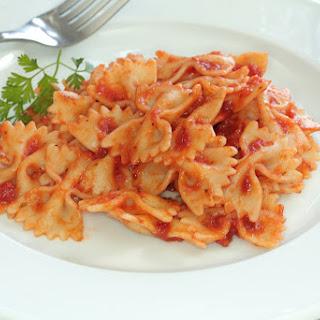 One Pot Tuna Pasta Recipe with a Creamy Tomato Sauce Recipe