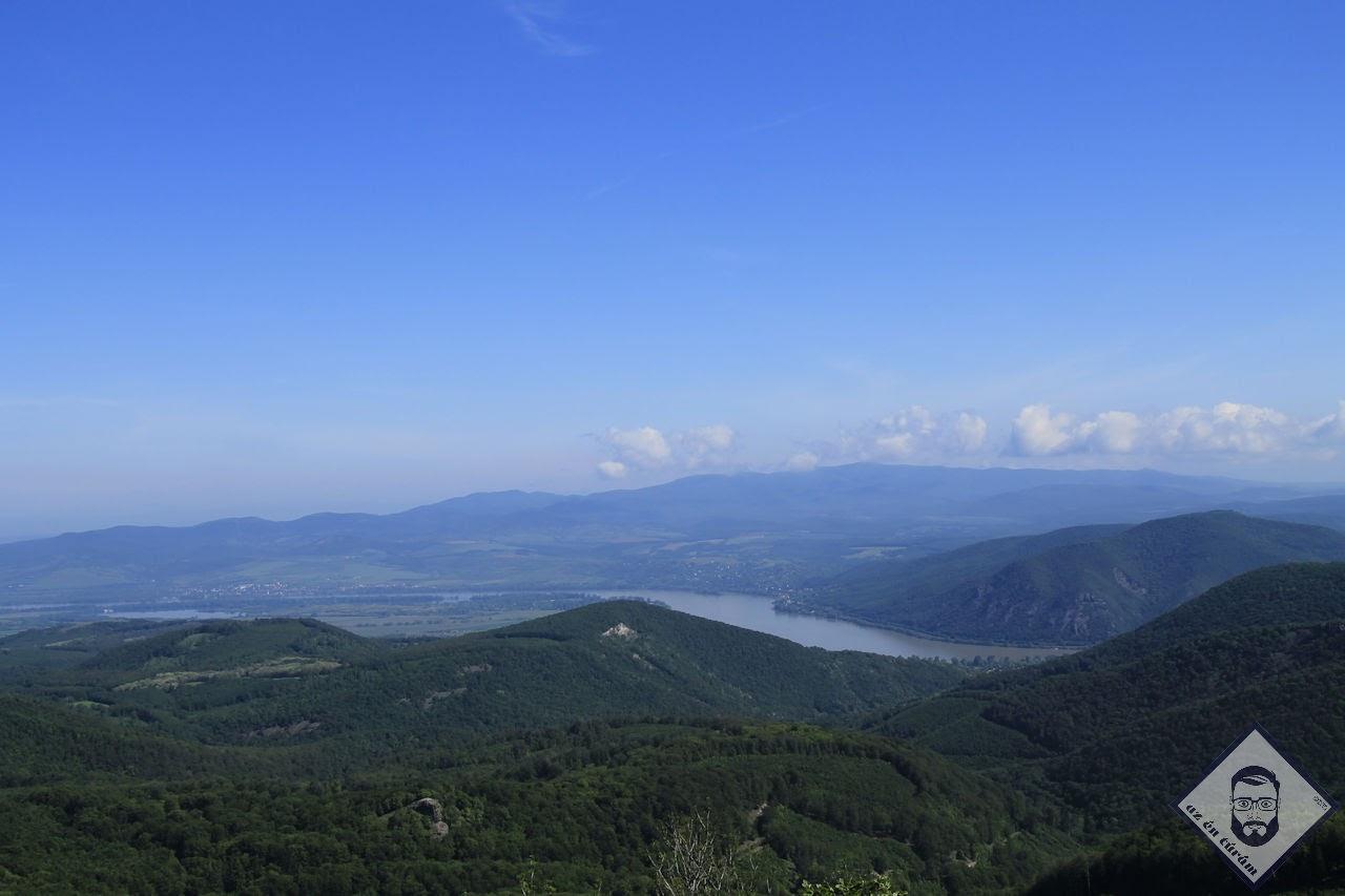 KÉP / Kilátás a Duna felé