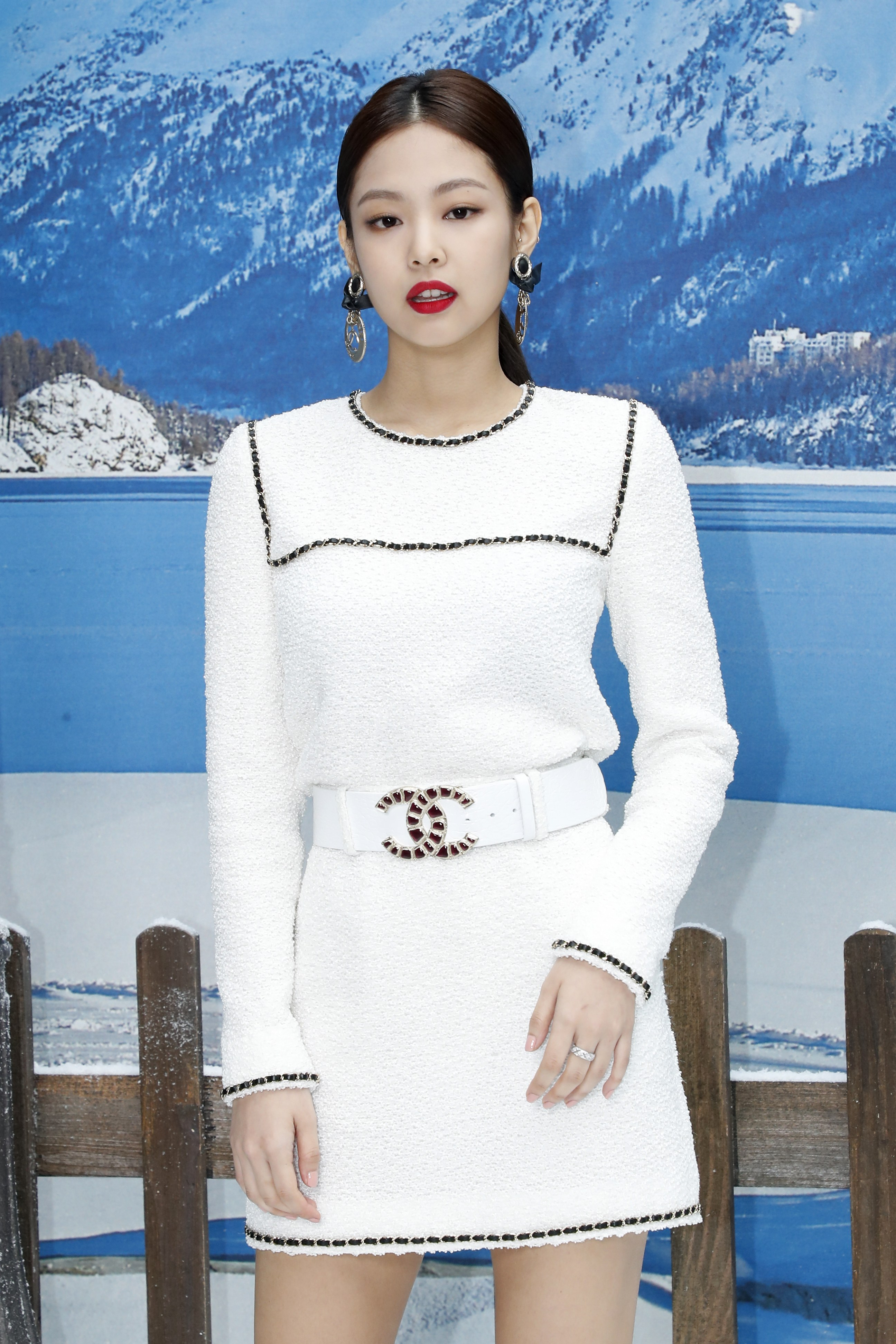 Jennie Blackpink at Chanel with low ponytail