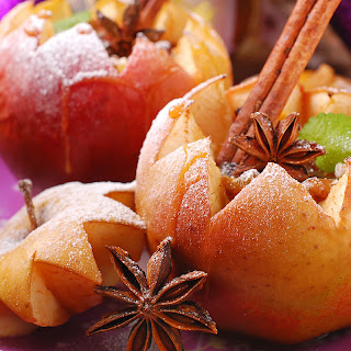 Walnut-Raisin Baked Apples