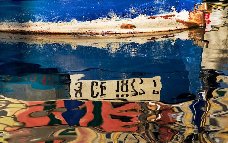 riflessi e cromie sul mare di marco parodi