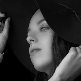 by Ron Meyers - Black & White Portraits & People