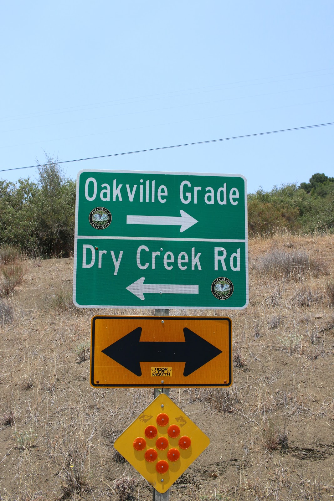 Cycling Oakville Grade Road - photo of sign