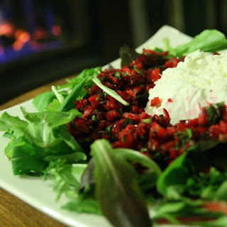 Cranberry Salsa Dip with Goat Cheese