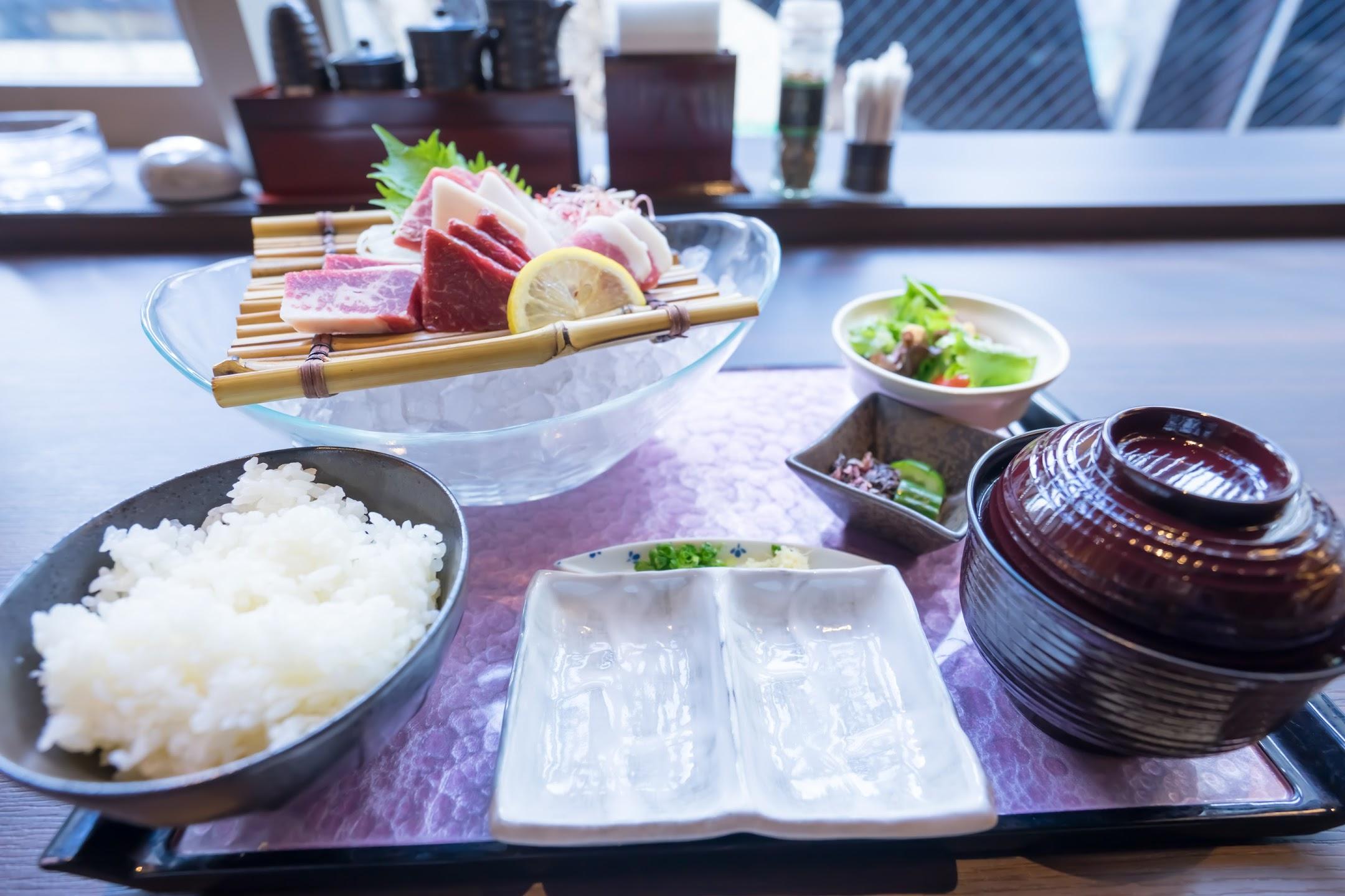 horse sashimi1