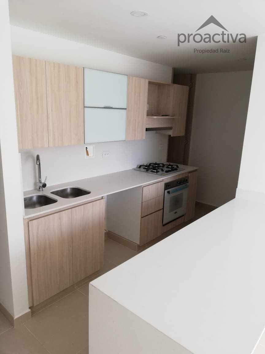 apartamento en arriendo altos del poblado 497-7284