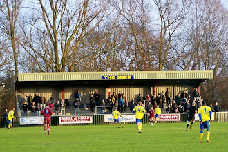 Photo: 02/01/10 v Chesham United (Southern Leaue Midlands Div) 4-1 contributed by Gary Spooner