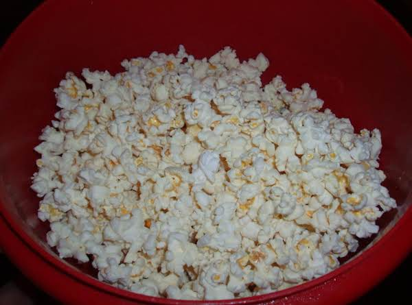 Easy  Olive Oil Microwave Popcorn Recipe