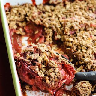 Lightened-up Vanilla Strawberry Rhubarb Crisp (vegan, gluten free).