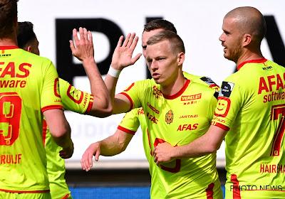 'KV Mechelen denkt al aan volgend seizoen en gaat onderhandelingen aan met vier spelers en twee clubs'