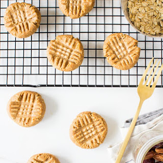 Doughy Peanut Butter Cookies (no-bake!)