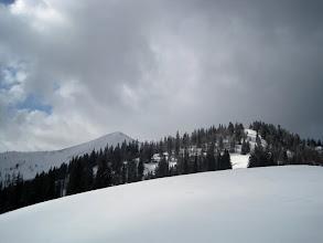Photo: Kleiner Göller und rechts die Göllerhütte