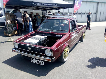 2018 Early Edition VW Show at Sywell Aerodrome                   Racecourse