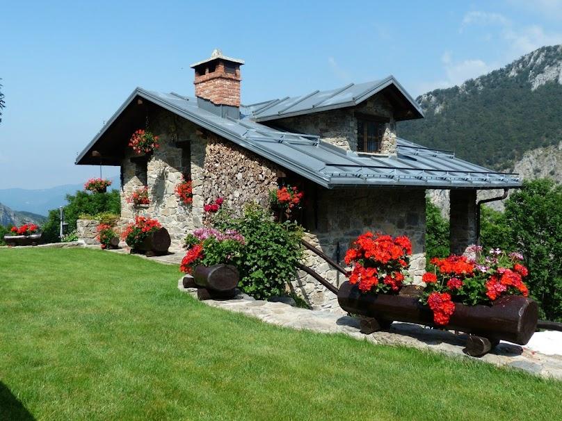 Dom wykończony kamieniem