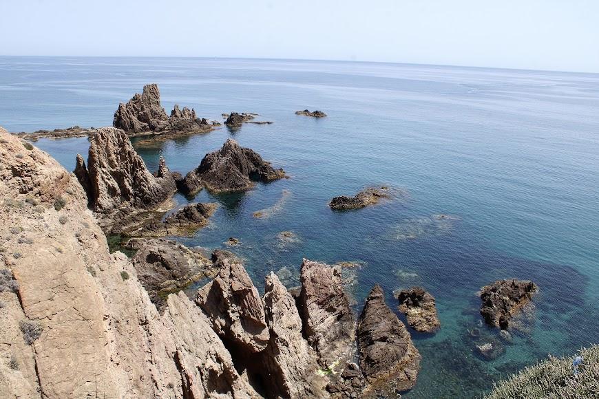 Inigualable belleza del Arrecife de las Sirenas, Cabo de Gata.