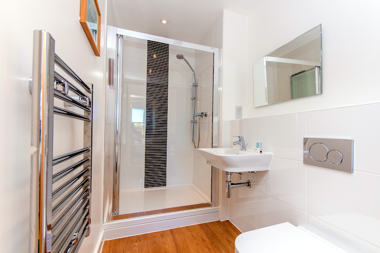 Luxury en-suite bathroom at Empress Heights