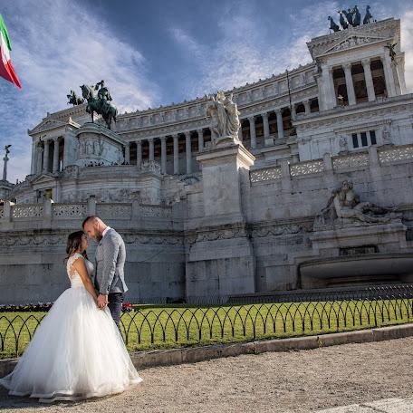 Fotograful de nuntă Tavi Colu (TaviColu). Fotografie la: 04.12.2017