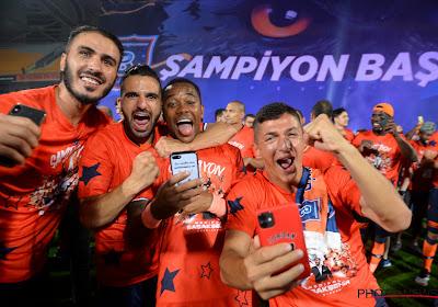 Robinho gaat voor 230 per maand bij oude liefde Santos voetballen