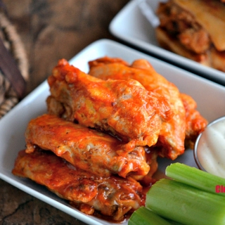 Easy Tailgate Party Buffalo Wings