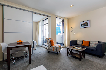 Queen Street Serviced Apartment