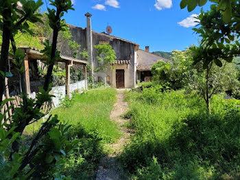 maison à Saint-Julien-d'Asse (04)