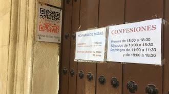 Horarios de cultos y confesiones en la Iglesia de San Pedro.