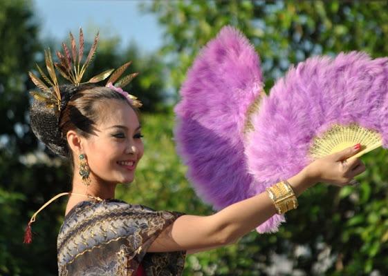 Festival Thalandese Danza con i ventagli di pizia1966