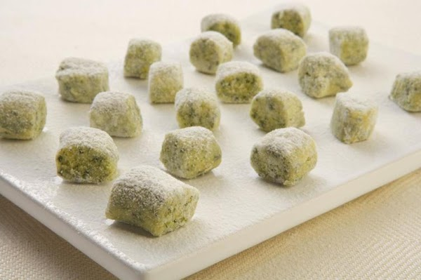 Spinach Gnocchi With Ricotta & Parmesan Recipe
