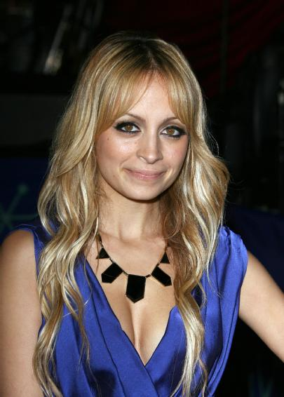 Photo: Nicole Richie and the Geometric Necklace
